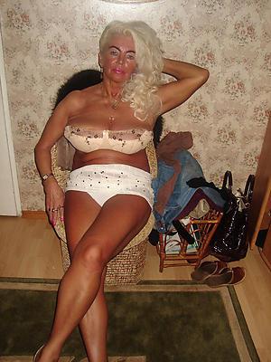Older mature naked women porn pics