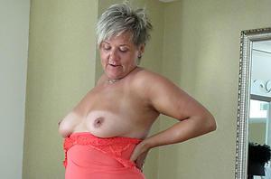 Hot erotic nude mature battalion slut pics