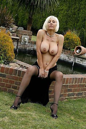 Xxx mature cougar women sexy pics