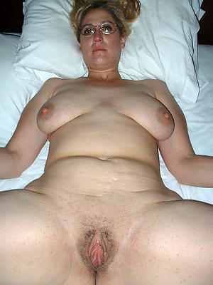 Messy pussy natural mature body of men pics