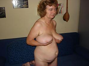 Slutty mature women with saggy bosom pics