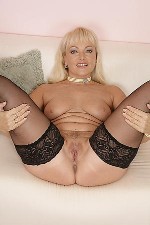 Hot porn be advisable for XXX mature 40 coupled with