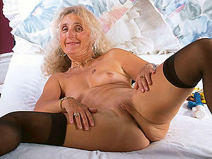Slutty mature granny women nude photos