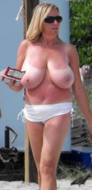 Amateur pics of mature fat tits cumshot
