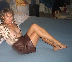 Unruly mature women solo porn pics
