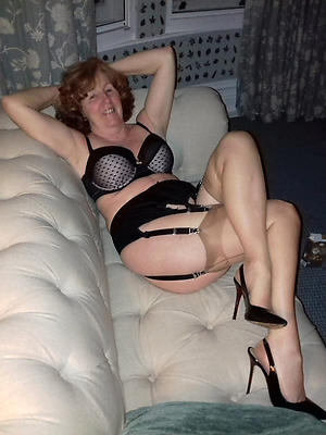 Pretty mature lingerie photos