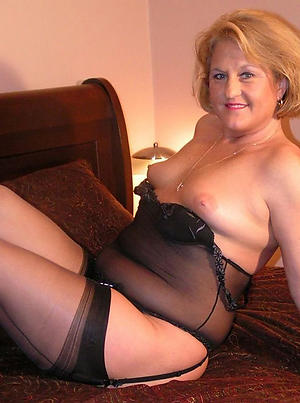 Hot porn of mature woman in undergarments