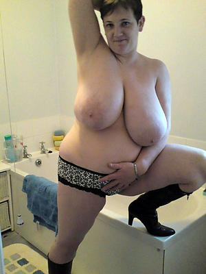 Nude busty adult amateur pics