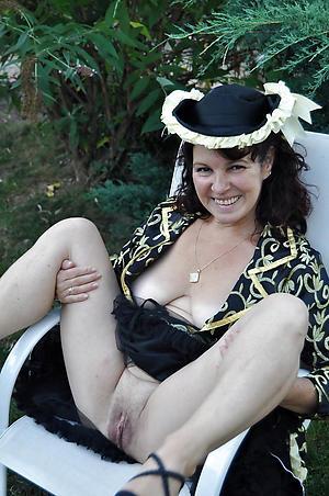 Inferior hot grown-up ladies naked photos