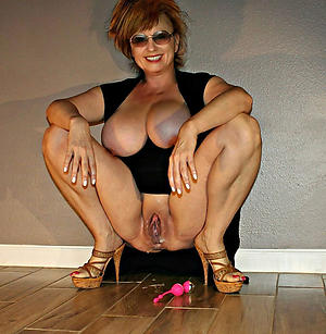 Beautiful hot mature ladies pics