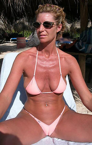 Sexy grown up bikini photos