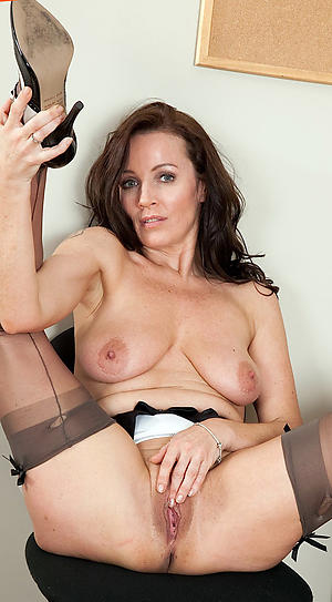 Beautiful busty mature babes pictures