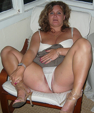 Sexy mature in heels old bag pics