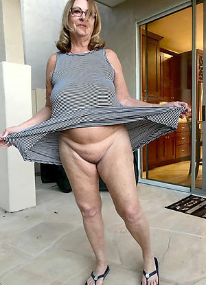 Grown up old ladies pussy pics