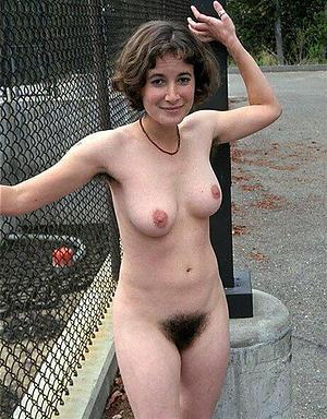 Gorgeous mature big natural breasts