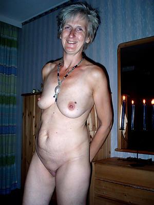 Naughty hot nude mature battalion pics