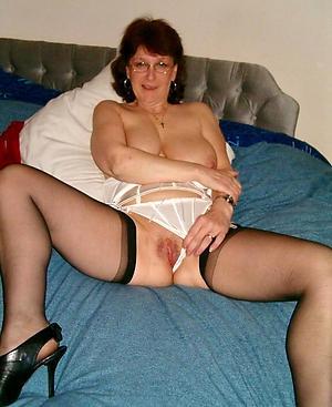 Slutty mature lovemaking in stockings gallery