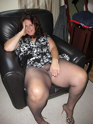 Slutty of age woman in pantyhose amateur pics