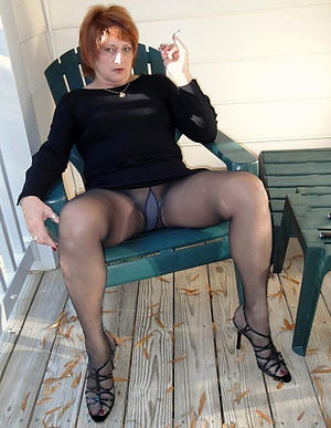 Amateur pics be incumbent on mature ungentlemanly in pantyhose