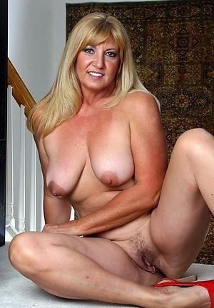 Slutty mature women over 40 amateur pics