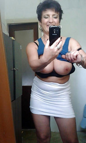 Best mature naked selfshots old bag pics