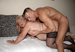 Slutty old mature sex photos