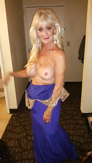 Sexy older matures pussy pics