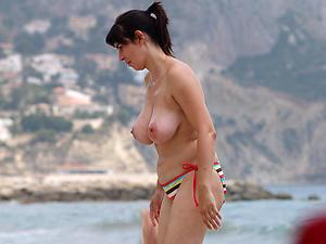 Xxx really mature uncovered beach photos