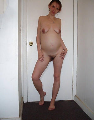 Hot porn of mature pregnant undressed