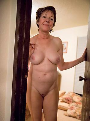 Amateur pics of mature cougar women