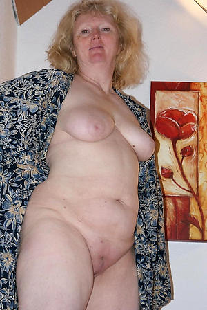 Xxx mature german mom pictures