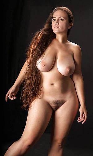 Sexy mature milf solo porn pics