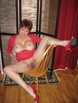 Clumsy sexy mature to heels pussy pics