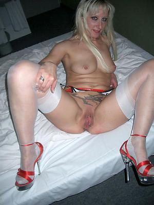 Nude mature sluts in heels amateur porn photos