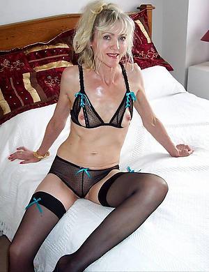 Unpredictable intensify mature woman in stockings porn pics