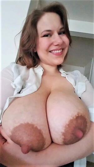 Amateur pics of mature women with oustandingly nipples