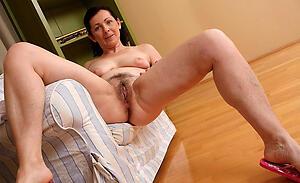 Naughty mature tight pussy photos