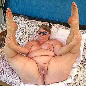 Beautiful mature thick legs nude pics