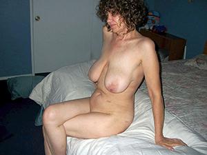 Homemade mature milf slut pics