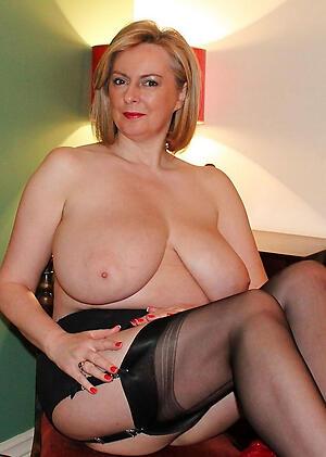 Sexy mature aged ladies porn pics