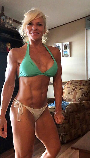 Beautiful nude muscle grown-up