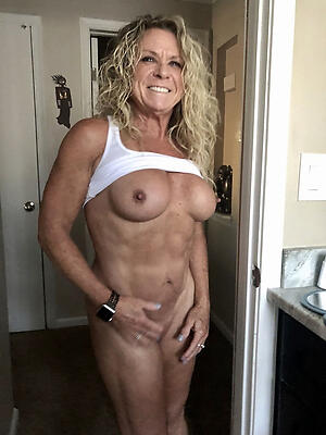 Hot porn of amateur muscle mature