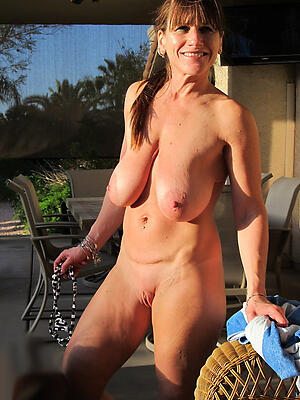 Naked homemade of age women porn pics