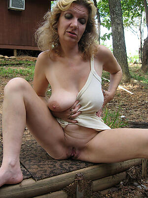 Bush-league pics be required of homemade matured pussy