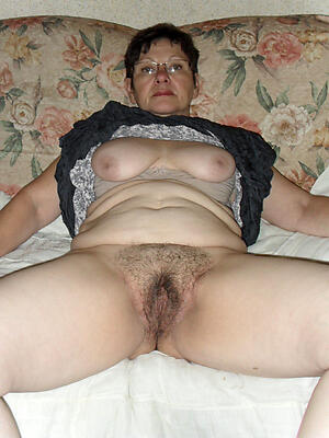 Reality unshaved mature pussy hot pics