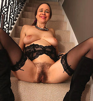 Naked unshaved mature pussy