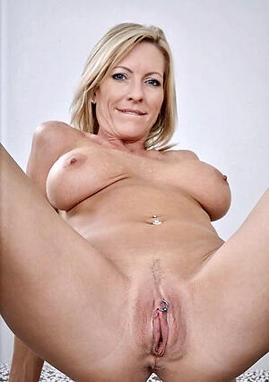 Pretty sexy naked battalion vagina