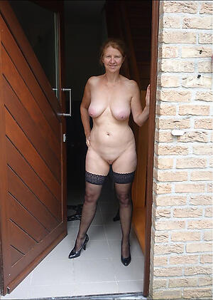 Slutty old matured moms hot pictures