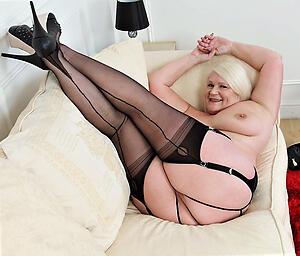 Hot old mature moms slut pics