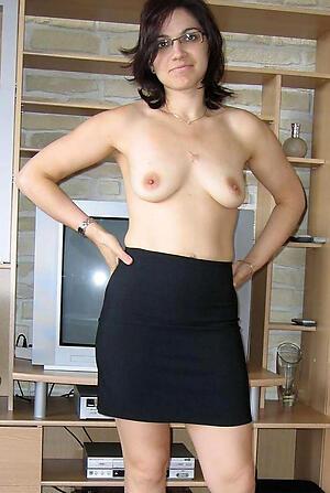 Naked hot unlit mature pics